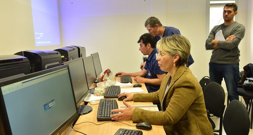 Capacitan al personal de Radioterapia en el manejo de un sistema de gestión para el uso del acelerador lineal