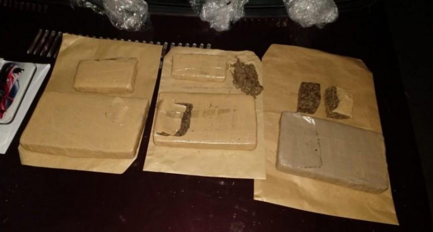 San Luis: detuvieron a tres hombres que viajaban en un vehículo con 3 kilos de marihuana