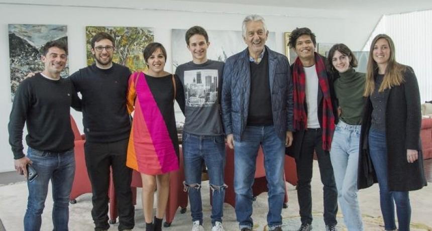 El gobernador recibió a representantes de Jóvenes por el Clima