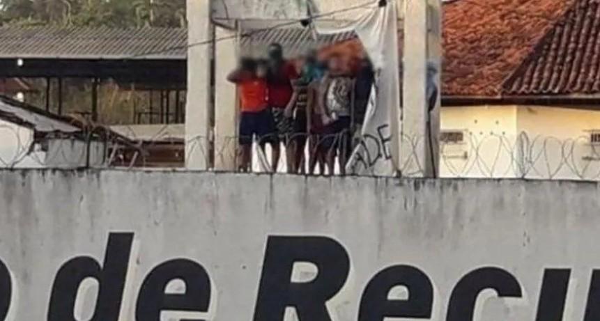 Sangriento motín y pelea de presos en Brasil: 52 muertos