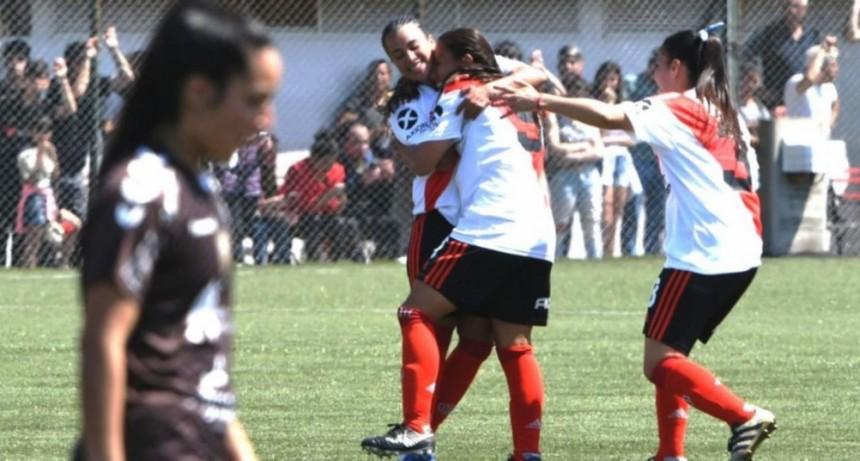 Martina Del Trecco anotó en la victoria de River