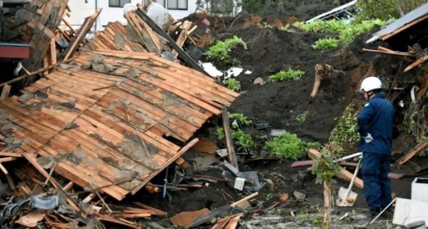 56 muertos en Japón por el arrollador paso del tifón Hagibi