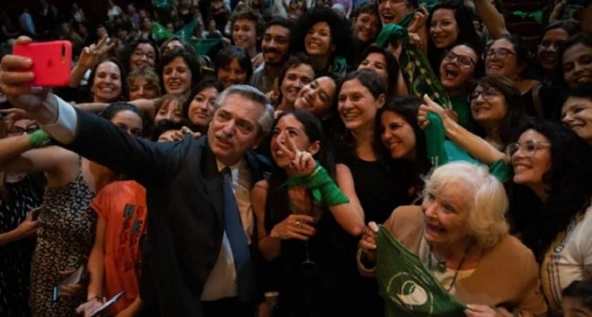 Alberto Fernández anunció que enviará al Congreso un proyecto para legalizar el aborto