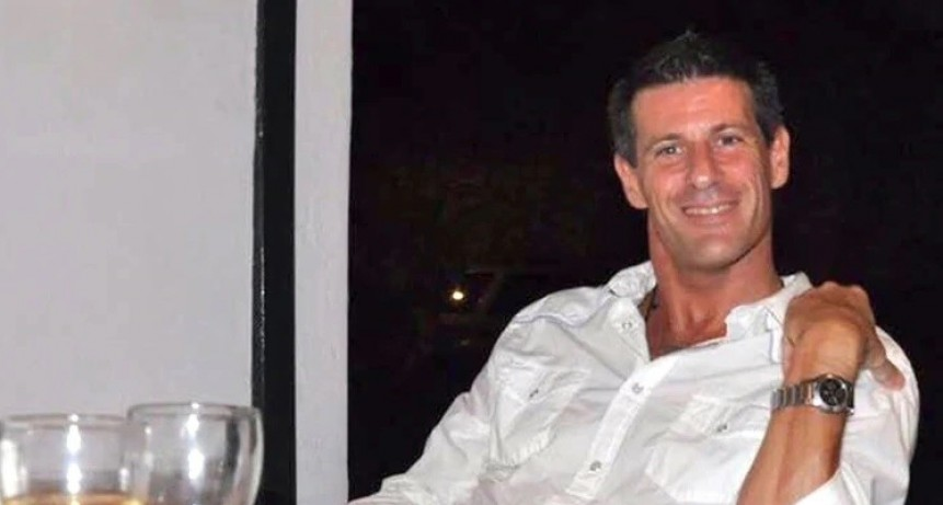 Un oftalmólogo fue condenado hace cuatro años por abusar sexualmente de sus hijos pero todavía sigue libre
